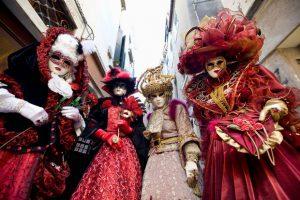 Săn vé máy bay Asiana Air đến Venice đón mùa lễ hội