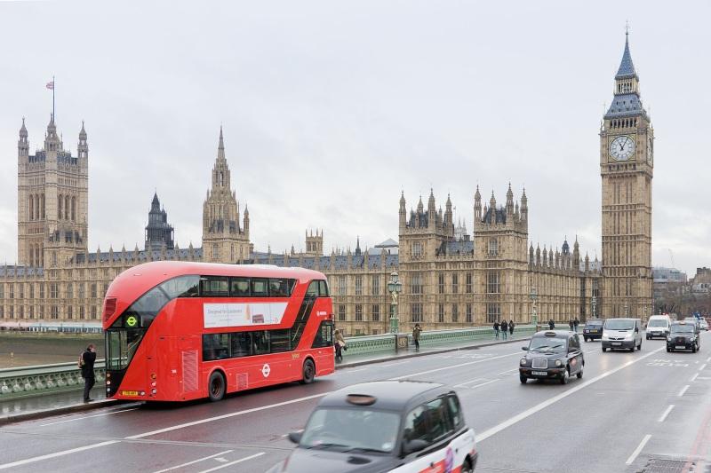 Săn vé máy bay giá rẻ đi London Anh