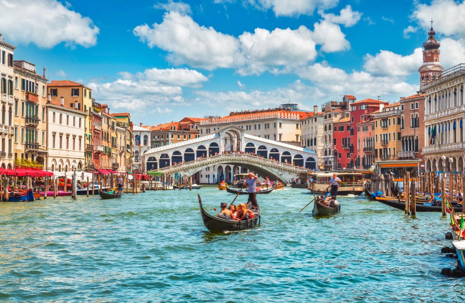 Vé máy bay đi Venice Asiana Airilines