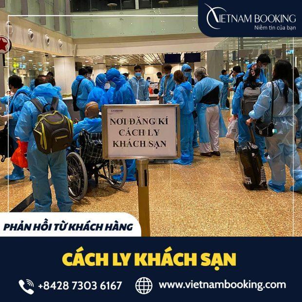 Hành khách trên đang chờ đăng ký cách ly khách sạn khi về Việt Nam