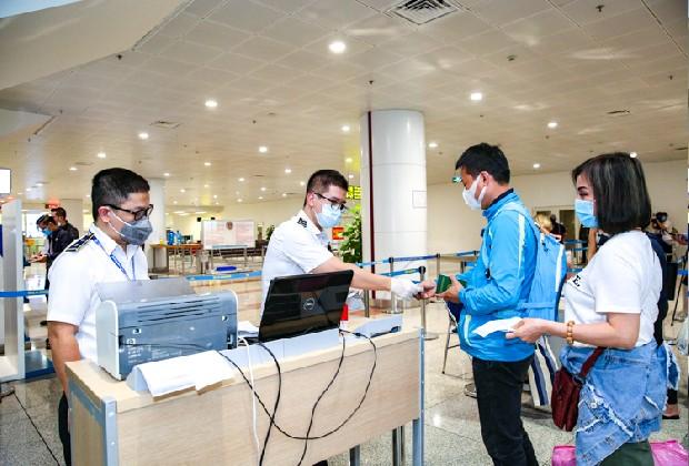 Chi phí cách ly tại Việt Nam là bao nhiêu