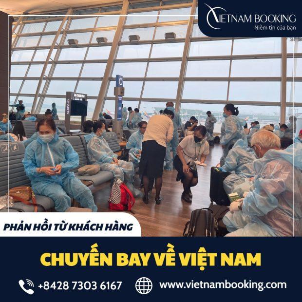 Hành khách đang chuẩn bị lên máy bay từ Croatia về Việt Nam do Vietnam Booking hỗ trợ